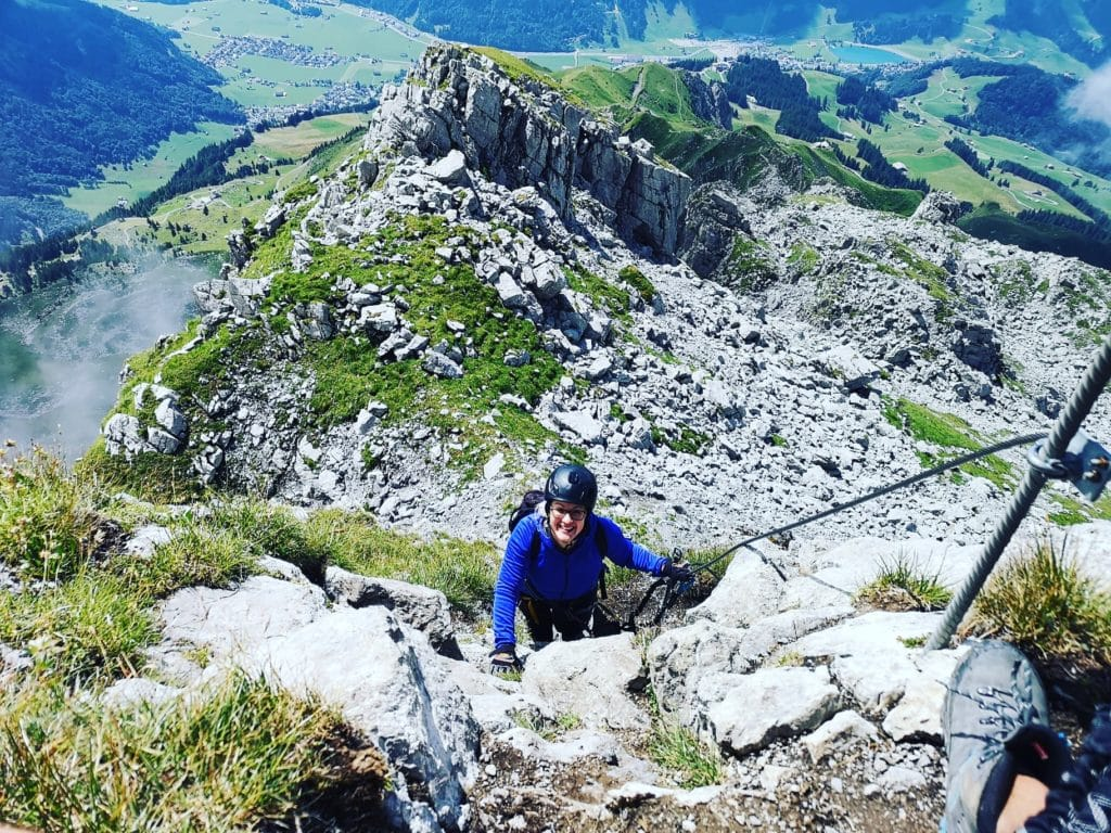 Sere beim Besteigen des Klettersteigs igidalstockgrat in Engelberg